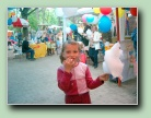 tn_020604kinderfest15.jpg